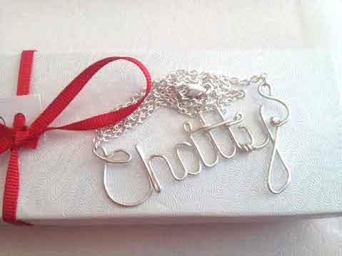 Chatty-Necklace