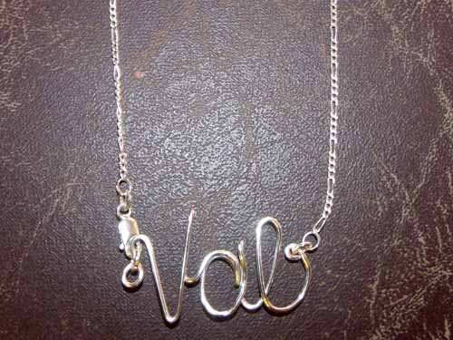 Val-Custom-Wire-Necklace